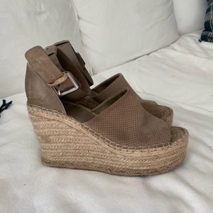 Marc Fisher Wedges!